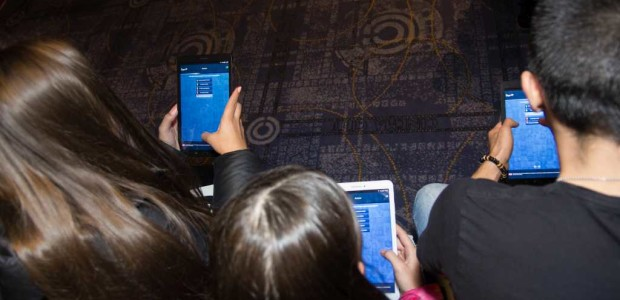 Tweet Tweet София – 1 декември 2015 г. На специално събитие пред 150 ученици от Пловдив Samsung представи мобилното приложение My Tomorrow, което ще помага на младежите да изберат най-подходящата […]