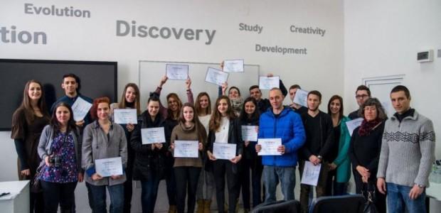 Tweet Tweet Студенти от Националната художествена академия се включиха в специализиран курс в рамките на програмата Tech Institute на Samsung София – 27 януари 2016 г. – 18 студенти от […]