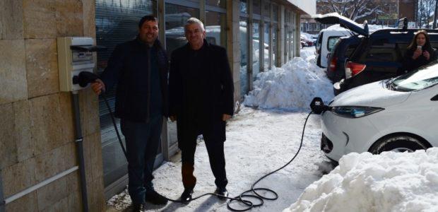 Tweet Tweet Ефективната борба със замърсяването на въздуха е един от приоритетите на местното ръководство Зарядната станция беше монтирана на сградата на общината в присъствието на заместник кмета г-н Васил […]