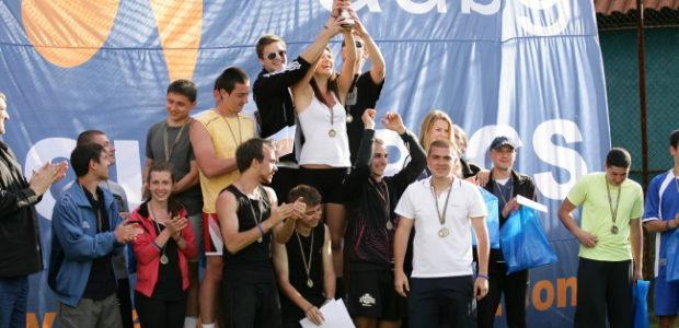 Tweet Tweet На 22 и 23 април АУБГ Олимпикс организира най-големия спортен празник за 12-та поредна година Параолимпиецът и трикратен световен шампион на скок дължина Михаил Христов награди победителите в […]